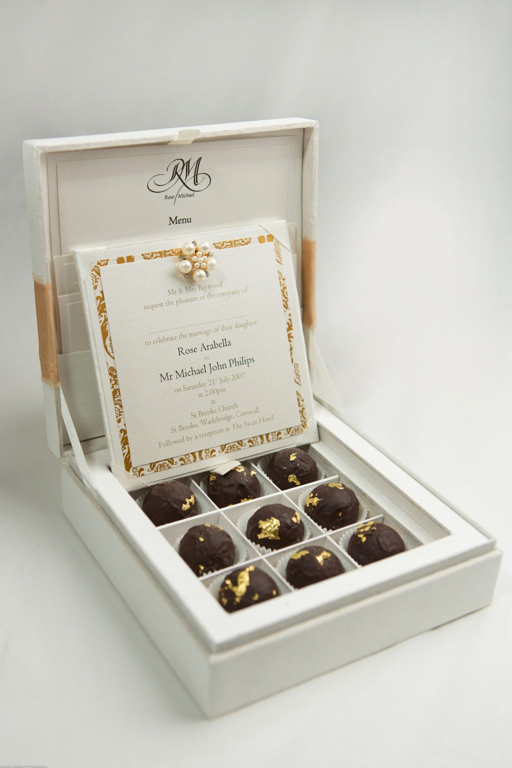 Chocolate Box Invite Archives - ER Stationery - Luxury Silk Wedding Invitations and Stationery